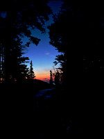 20070822052421 sunrise on Oberg mountain (84533509).jpg